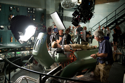 captain america behind the scenes photo 3 Joe Johnston Talks Indiana Jones Inspiration for Captain America