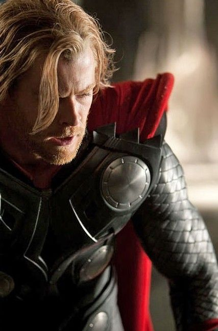 chris hemsworth thor enhanced e1272645821511 First Image Of Chris Hemsworth as Thor!