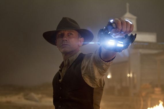 cowboys and aliens daniel craig1 First Cowboys & Aliens Trailer (Plus Jon Favreau Interview)