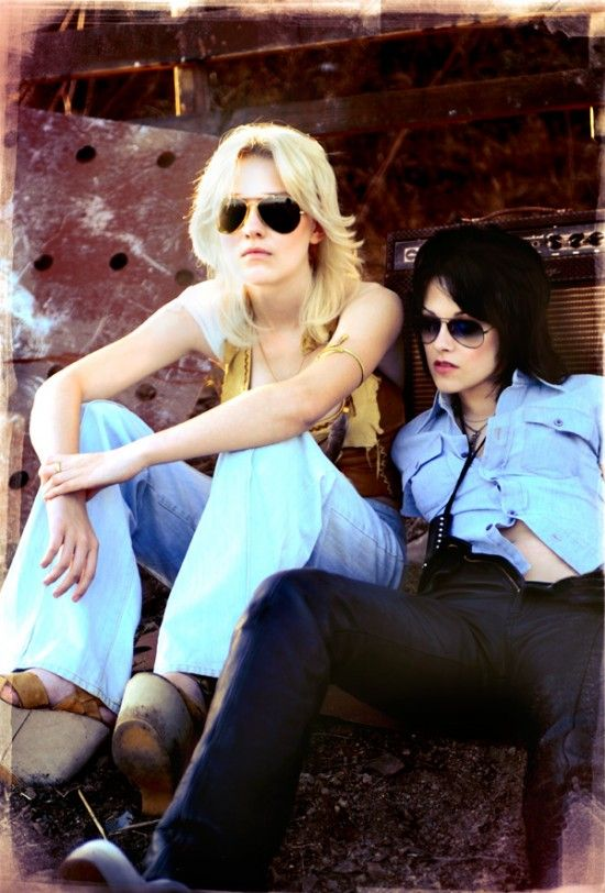dakota fanning kristen stewart runaways Kristen Stewarts The Runaways Gets US Distribution