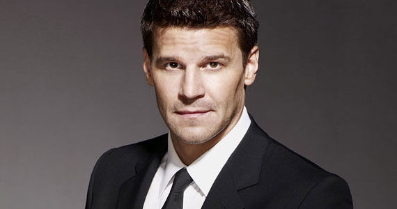 david boreanaz bones talk ... the show wraps with a creepily in depth discussion about lesbian sex ...