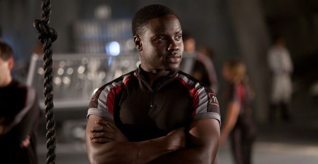 dayo okeniyi terminator genesis Terminator: Genesis Casts Hunger Games Actor; Trilogy Filming Plans Revealed