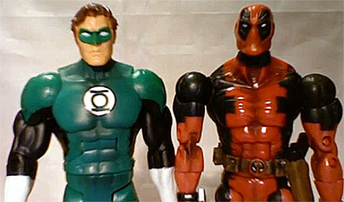 deadpool and green lantern itsjustsomerandomguy Ryan Reynolds Defends Green Lantern Costume, Says Deadpool Still Alive
