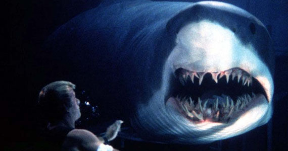 deep blue sea Screen Rants Best Shared Movie Moments