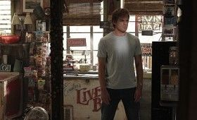 dexter 501 2291 280x170 16 Dexter Season 5 Images to Feed Your Dark Passenger
