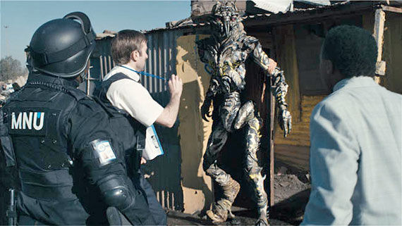 district 9 reviews District 9 Review