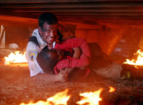 Kirk Cameron rescues a child in Fireproof