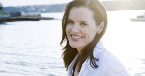 geena davis bounty hunter tv show TNT Orders Geena Davis Bounty Hunter Pilot from Leverage Co Showrunners