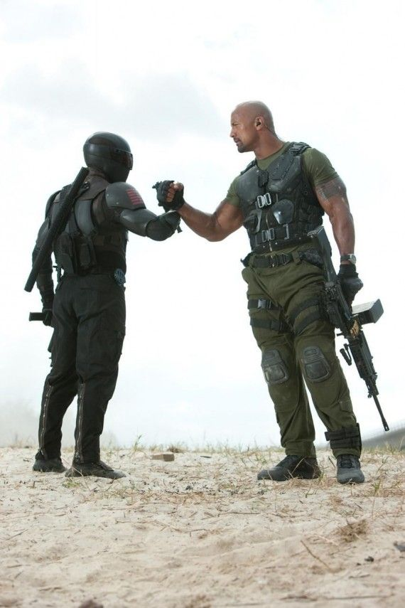 gi joe retaliation snake eyes roadblock 570x855 Snake Eyes and Roadblock Team Up in G.I. Joe: Retaliation