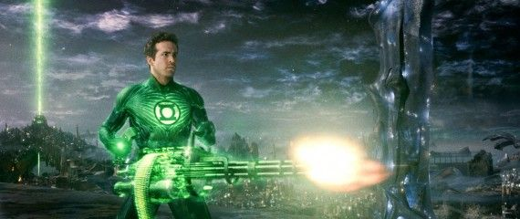 green lantern ryan reynolds with mini gun 570x240 Green Lantern Hi Res Image Roundup