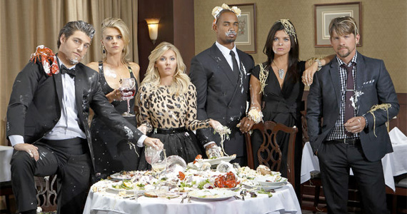 happyendings cast messydinner Happy Endings Could Head to USA if Canceled by ABC
