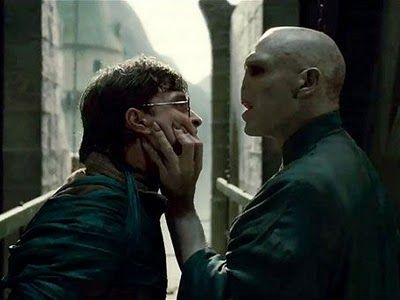 harry potter deathly hallows harry voldemort 9 Hi Res Photos from Deathly Hallows Part 1