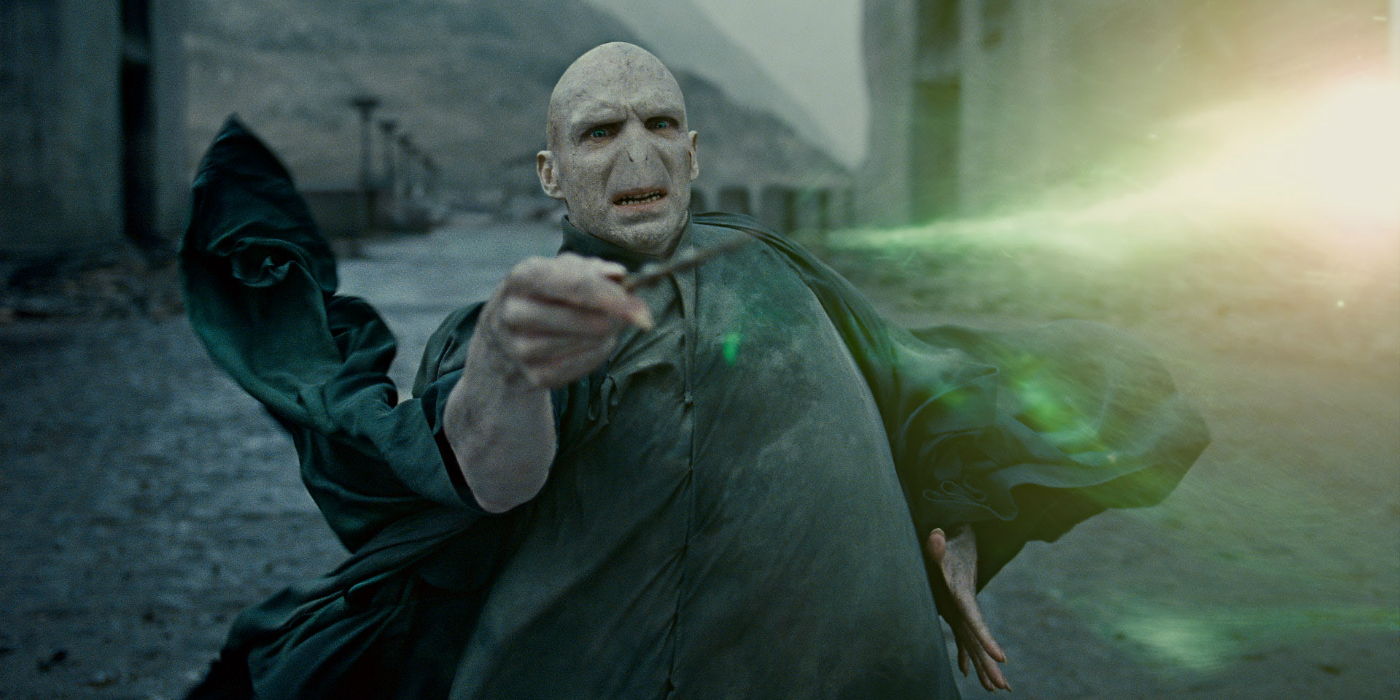Harry potter 20 most powerful witches and wizards in the for Strongest wand in harry potter