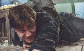 harry potter and the deathly hallows ew image 01 489x600 280x170 New Deathly Hallows Featurette & Images; Split Point Confirmed