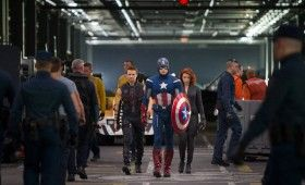 hawkeye captain america black widow avengers1 280x170 The Avengers: Helicarrier Images & Captain America Costume Talk