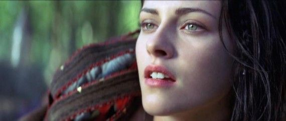 hr Snow White and the Huntsman 14 570x241 Snow White and the Huntsman Sequel is Moving Forward