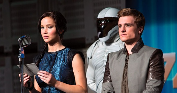 hunger games catching fire trailer The Hunger Games: Catching Fire Trailer Preview: Katniss and Peetas Victory Tour