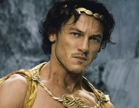 luke evans zeus immortals movie