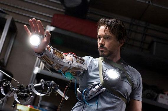 Lista de Jefes Iron-man-downey-gauntlet1