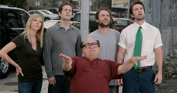 itsalwayssunny cast outside lookingup Its Always Sunny in Philadelphia to End after Season 10?