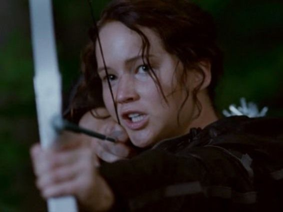 jennifer lawrence stars in the hunger games Hunger Games Star Jennifer Lawrence Talks Playing Katniss Everdeen