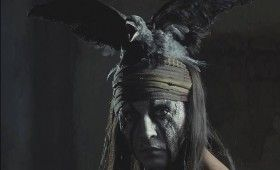 lone ranger tonto crow hat 280x170 New Lone Ranger Images & Poster: Johnny Depps Tonto Outfit & Lots of Trains [Updated]