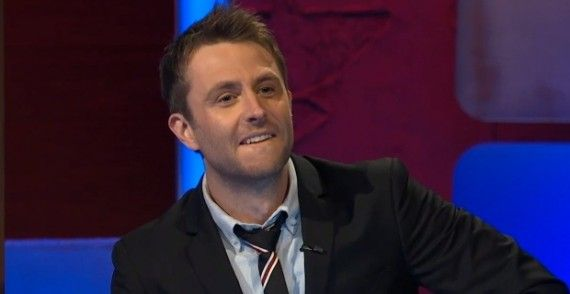 midnight hardwick review host 570x294 @Midnight Review   Is A Late Night Quiz Show the Right Answer for Hardwick?
