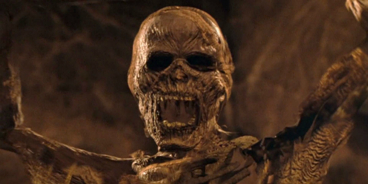 the mummy reboot tom cruise in talks to star updated