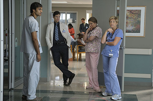 nurse jackie premiere sam Nurse Jackie: Season 2 Premiere Review & Discussion