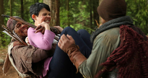 once upon a time season2 ep8 into the deep snow fighting Once Upon A Time Season 2, Episode 8 Review   Battle Royale