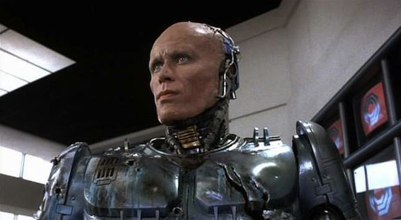 peter weller robocop1 RoboCops Peter Weller Is Onboard For Star Trek 2