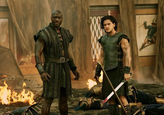 pompeii kit harington agbaje Adewale Akinnuoye Agbaje and Kit Harington in Pompeii (2014)