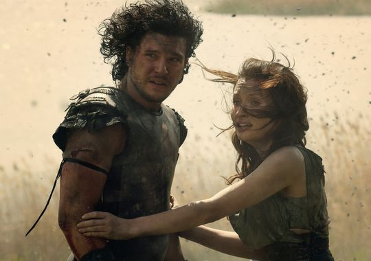 pompeii kit harington emily browning Kit Harington and Emily Browning in Pompeii (2014)