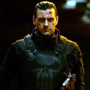 trouver le titre du film Punisher-2-ray-stevenson