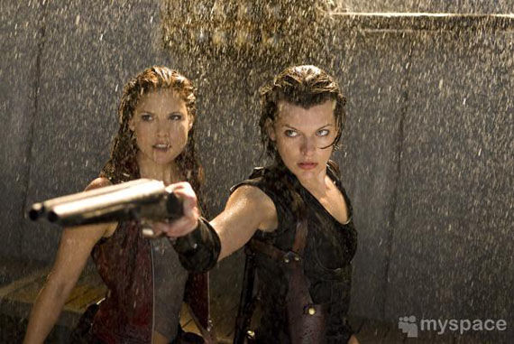 resident evil afterlife milla jovovich ali larter First Resident Evil: Afterlife Images Emerge!