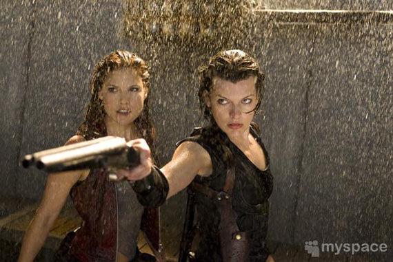resident evil afterlife milla jovovich ali larter First Resident Evil: Afterlife Images Emerge!