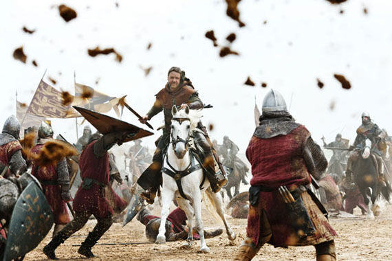 robin hood russell crowe attacks New Robin Hood Stills Featuring Maid Marian