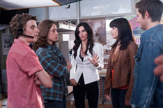 scream 4 still 1 Movie Image Roundup: Thor, Sucker Punch, Underworld 4 & More [Updated]