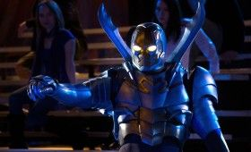 smallville booster gold blue beetle 03 280x170 Smallville: Booster Preview   Superhero Infomercials & Phone Booths