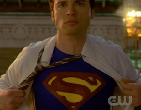 12 Most WTF TV Moments 2011 - Smallville Superman Suit