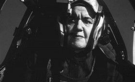 star wars return jedi old female pilot 280x170 Star Wars Images Reveal Female Fighter Pilots Cut from Return of the Jedi