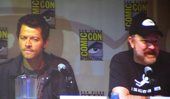 supernatural misha collins and jim beaver in comic con panel Supernatural 2009 Comic Con Panel