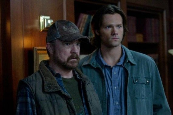 supernatural season 7 premiere 11 570x379 Supernatural Season 7 Premiere   Bobby & Sam