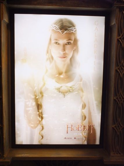 the hobbit poster comic con 2012 18 Cate Blanchett as Galadriel in a poster for The Hobbit   Comic Con 2012