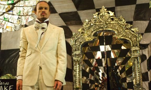 http://screenrant.com/wp-content/uploads/the-imaginarium-of-dr-parnassus-image3.jpg