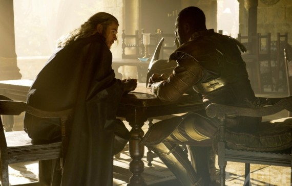 thor dark world heimdall 570x364 Thor and Heimdall in Thor: The Dark World