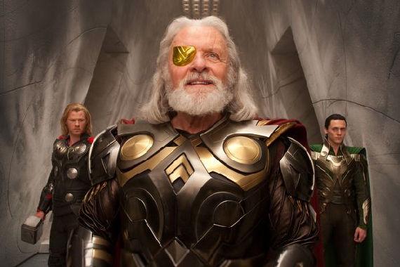 Anthony Hopkins, Chris Hemsworth & Tom Hiddleston in Thor
