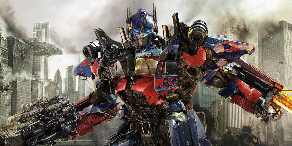 transformers dark of the moon1 Transformers Spinoff Adds Walking Dead Creator, Pacific Rim & Iron Man Scribes