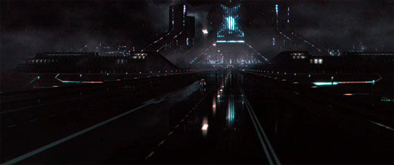 tron trailer10 Tron Legacy Trailer is Finally Here! (Plus 20 New Images)