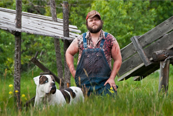 tucker dale vs evil pic 5 tucker & dale vs evil pic 5